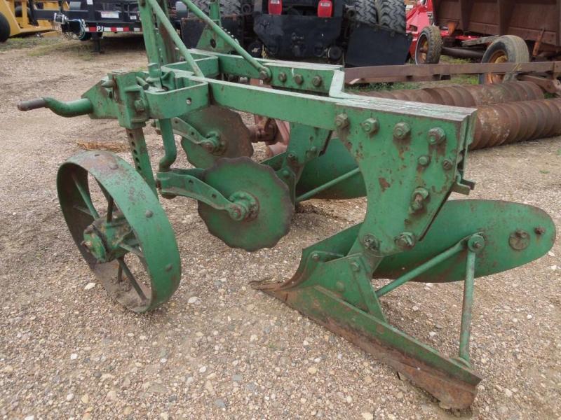 Used John Deere 2 Bottom Plow