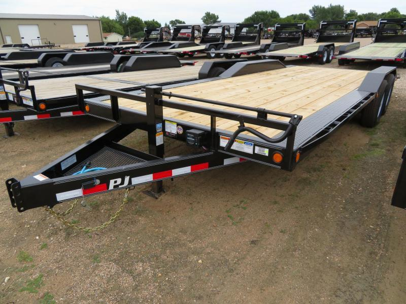 2020 PJ Trailers 22 Drive-Over Fender Equipment Trailer