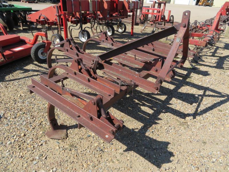 Dearborn 6.5 Chisel Plow Cultivator