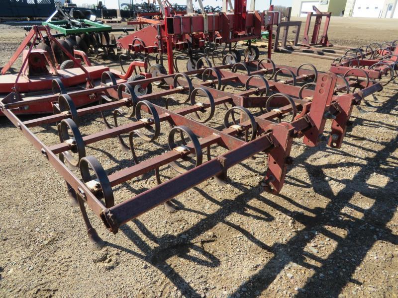Red 8 Field Cultivator