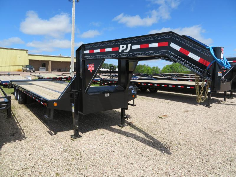 2020 PJ Trailers 28 Low Profile Tandem Dual GN  Trailer w/ Monster Ramps