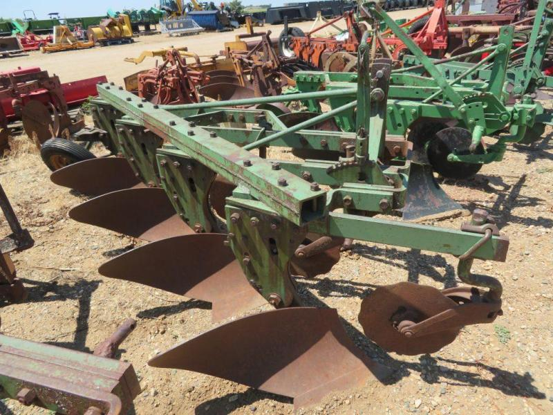 Used John Deere 4 Bottom Plow - 3 Point