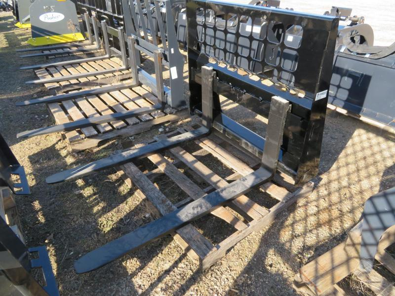 New KM Skid Steer Pallet Forks