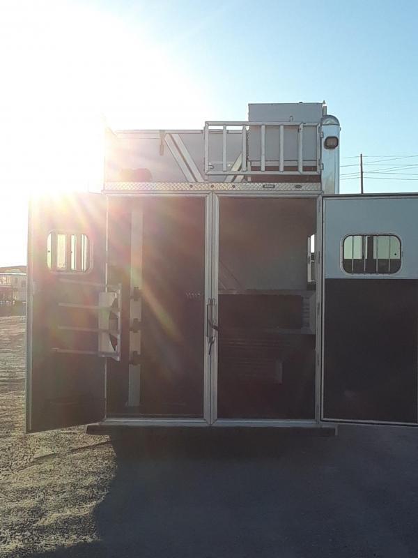 DEMO CIMARRON NORSTAR 3H LQ W/ SLIDED LOADED Horse Trailer