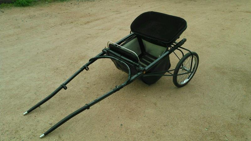 2006 HOUGHTON HORSE CART FOR MINIS COMPLETE WITH HARNESS BRIDLE AND MYLER BIT