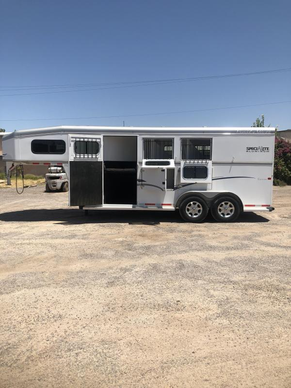 2012 Trails West Manufacturing Sierra Specialite Aluminum Horse Trailer