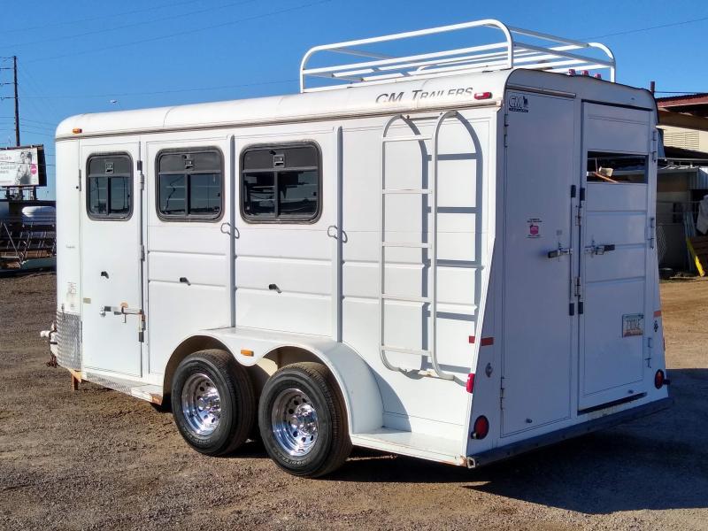 2000 CM COMPETITOR Horse Trailer