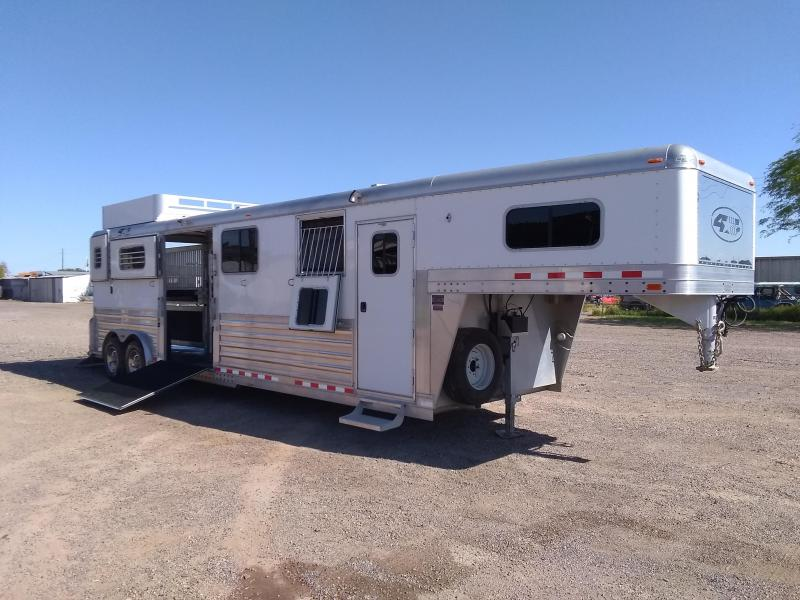 2007 4-Star Trailers 4H HEAD TO HEAD Horse Trailer