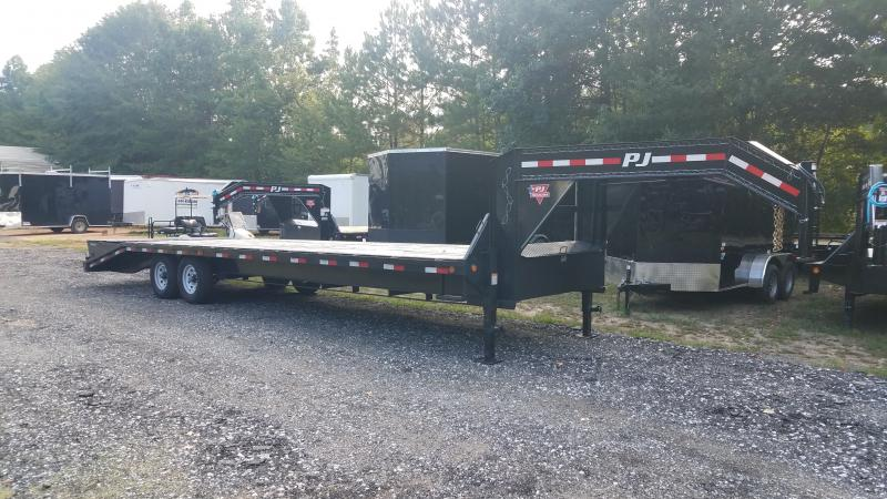2019 PJ Trailers FS30 Equipment Trailer