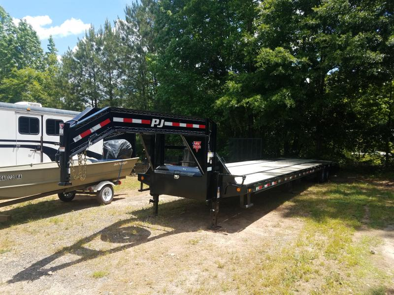 2019 PJ Trailers LD40 Flatbed Trailer