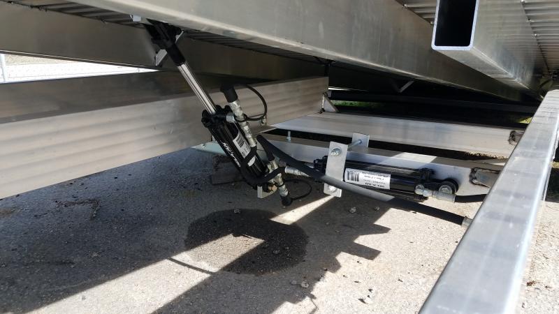 2020 Aluma 8220 tilt Car / Racing Trailer