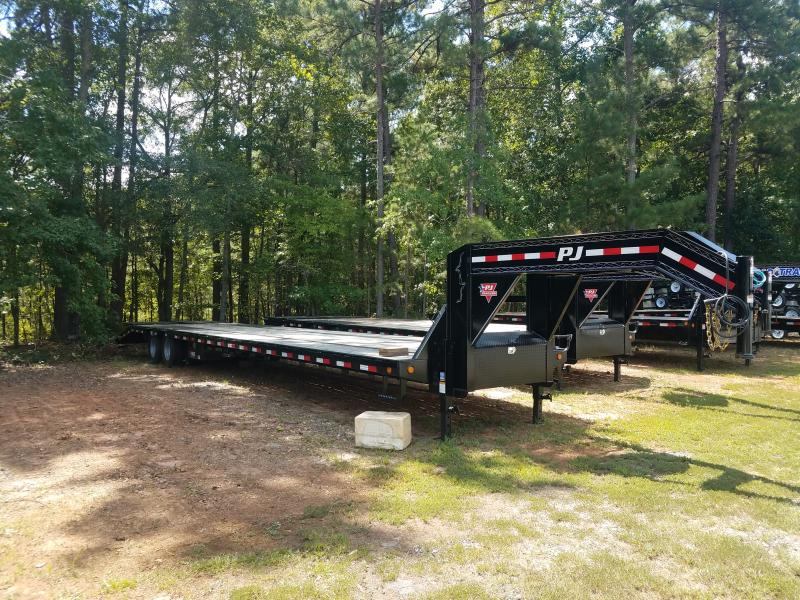 2019 PJ Trailers LD40 Equipment Trailer