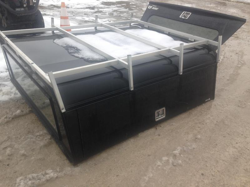 2017 ARE DCU Truck Bed Camper