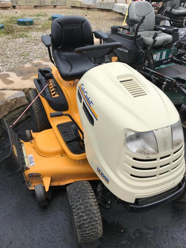 Cub Cadet 1050 Tractor