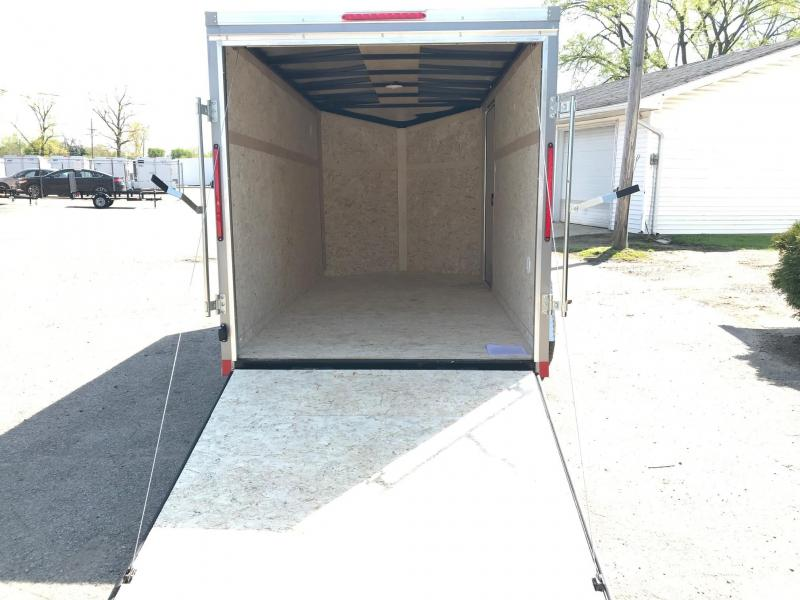 6x10 LOOK DLX w/ Ramp Door