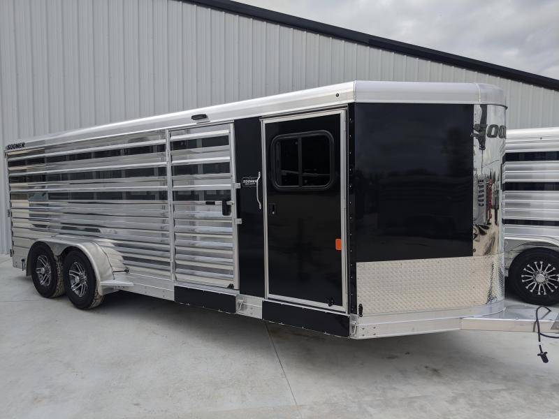 2020 Sooner Select 720 Livestock Trailer