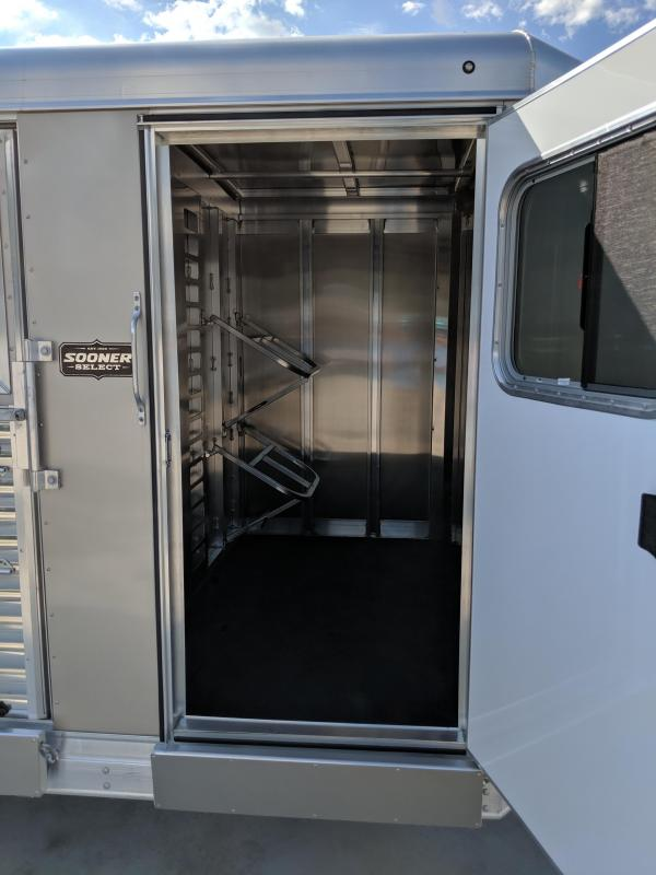 2019 Sooner Sooner Select 720 Livestock Trailer