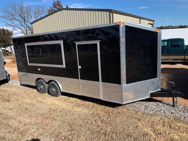 2020 Deep South 2020 8.5x20 Tandem Axle Enclosed Cargo Trailer