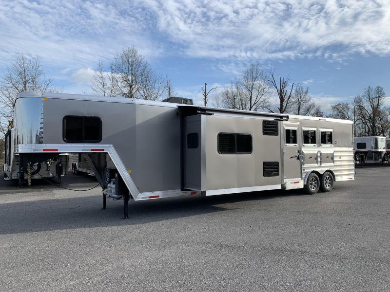 2020 Merhow Stampede 8316-A RWS Horse Trailer