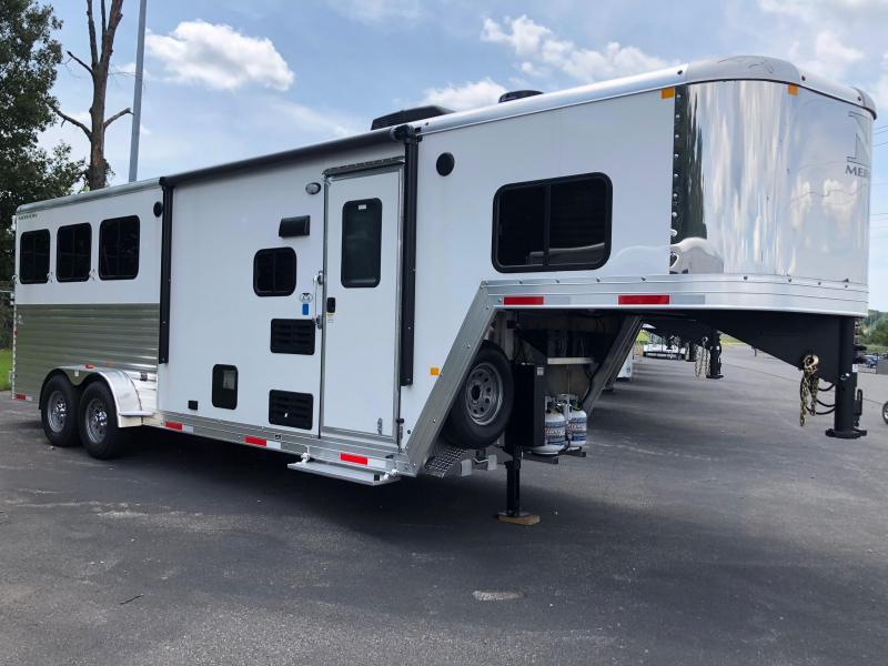 2019 Merhow 7307 NS 3H Horse Trailer