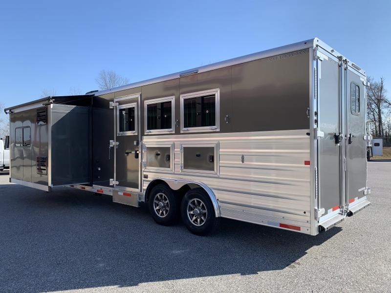 2020 Merhow 8314 -A DA Stampede Horse Trailer