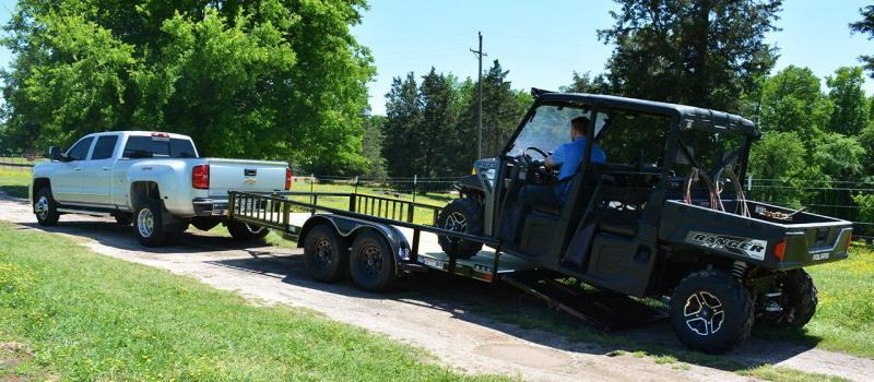 2020 Diamond C Trailers GTU235-L16X83 Farm / Ranch