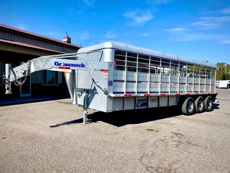 2017 Gooseneck 24' Livestock Trailer