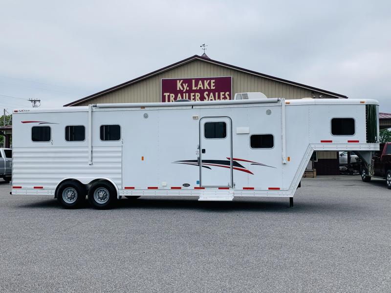 2013 Exiss 3H Horse Trailer