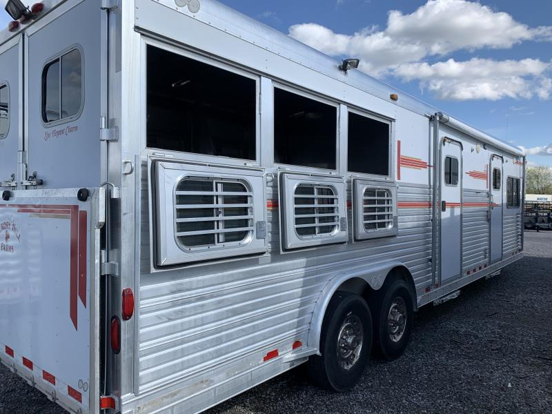 1999 C and C 3H Horse Trailer