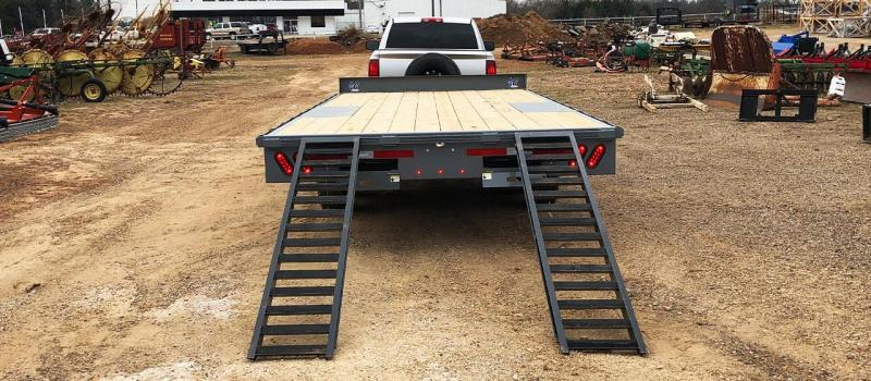 2019 Diamond C Trailers DEC 207 24x102 Equipment Trailer