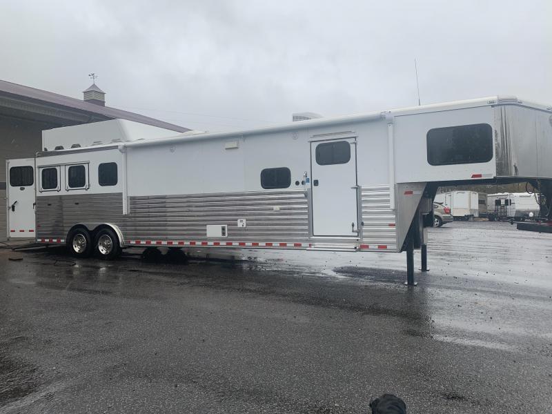 2014 Sundowner Trailers 8316-slide Horse Trailer