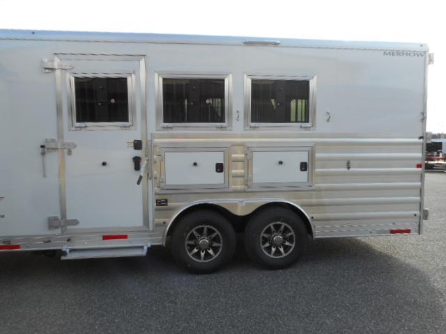 2020 Merhow Trailers Stampede 8314-A DA Horse Trailer