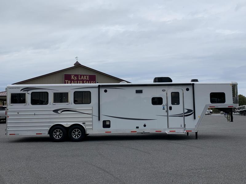 2020 Merhow Trailers 8411 RK-RS Horse Trailer