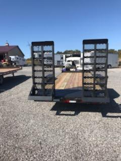 2020 Diamond C EQT 207 20x82 Equipment Trailer