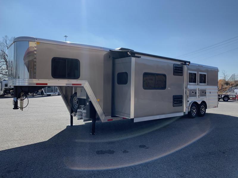 2020 Merhow 8312 ARK-S Stampede Horse Trailer
