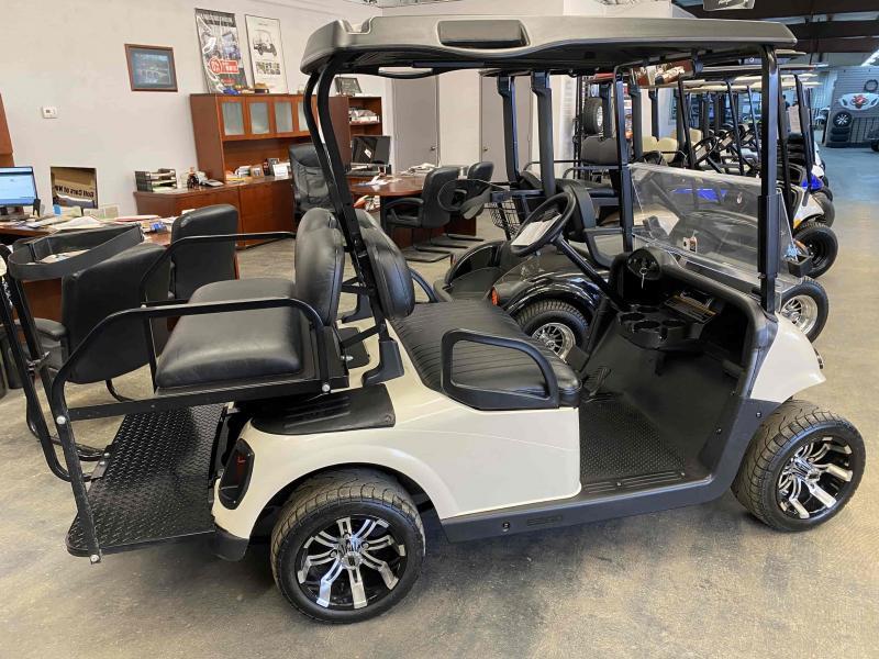 2012 E-Z-GO RXV Electric Golf Cart