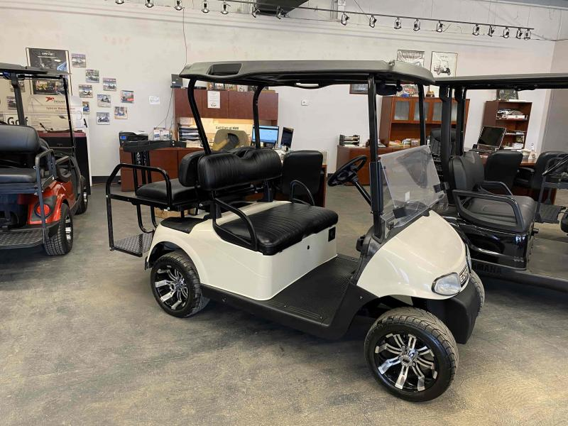 2012 E-Z-GO RXV Electric Golf Cart