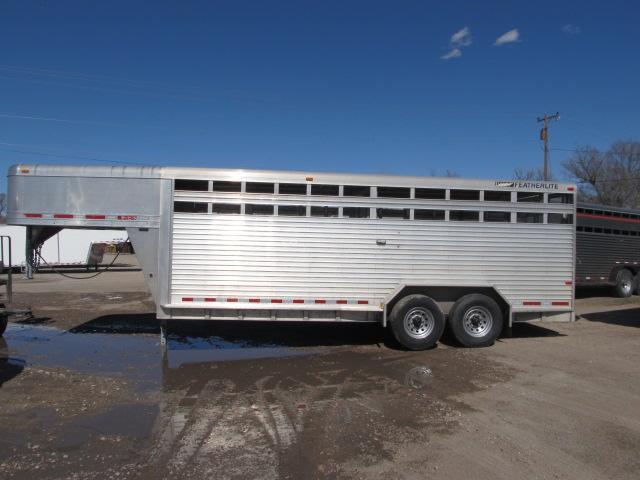 2007 Featherlite stock trailer Livestock Trailer