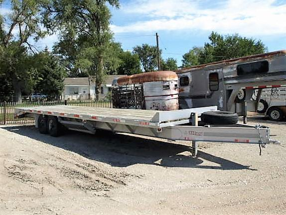 Used Titan 8.5 x 29 Flatbed