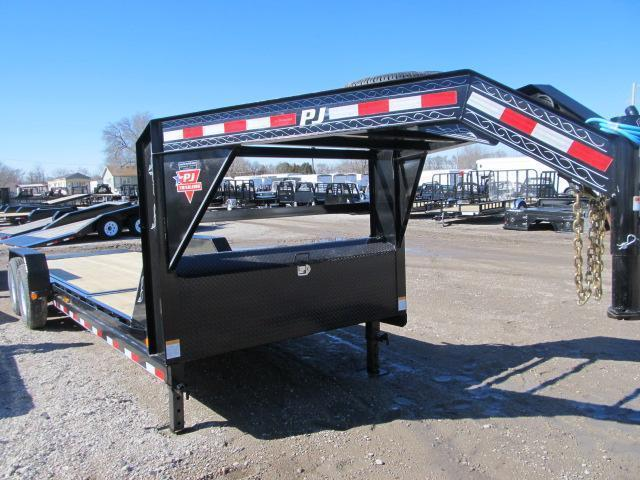 2020 PJ Trailers T6242 Equipment Trailer