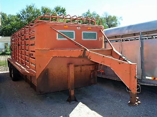 Used S and H Gooseneck Stock Trailer