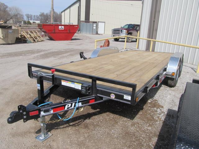 "2020 PJ Trailers 83"" x 18 Car Hauler"