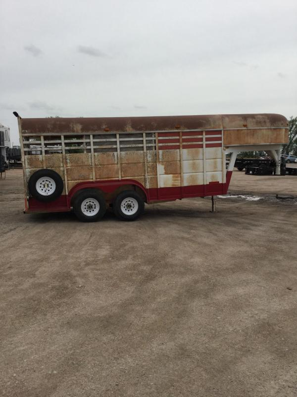 1985 Travalong stock trailer Livestock Trailer