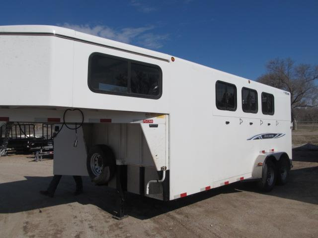 2013 Titan Trailers 3 horse Livestock Trailer