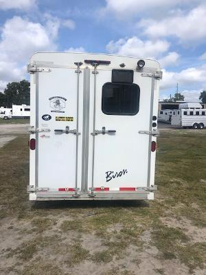 2012 Bison Trailers 4 horse w/ 8' lq Horse Trailer