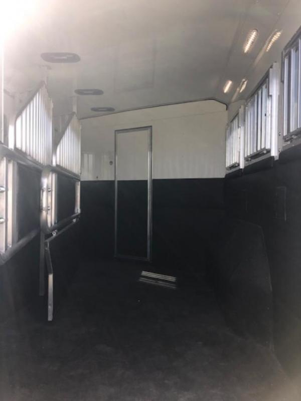 2020 Merhow Trailers 8' wide 3 horse w/12' lq and slide Horse Trailer