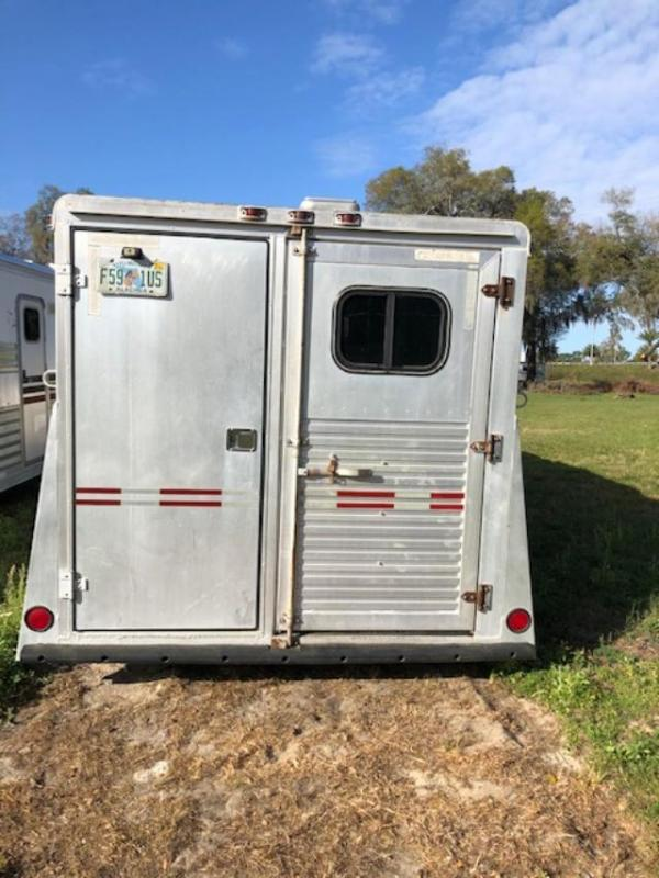 1995 W-W Trailer 8' wide 2 horse with lq Horse Trailer