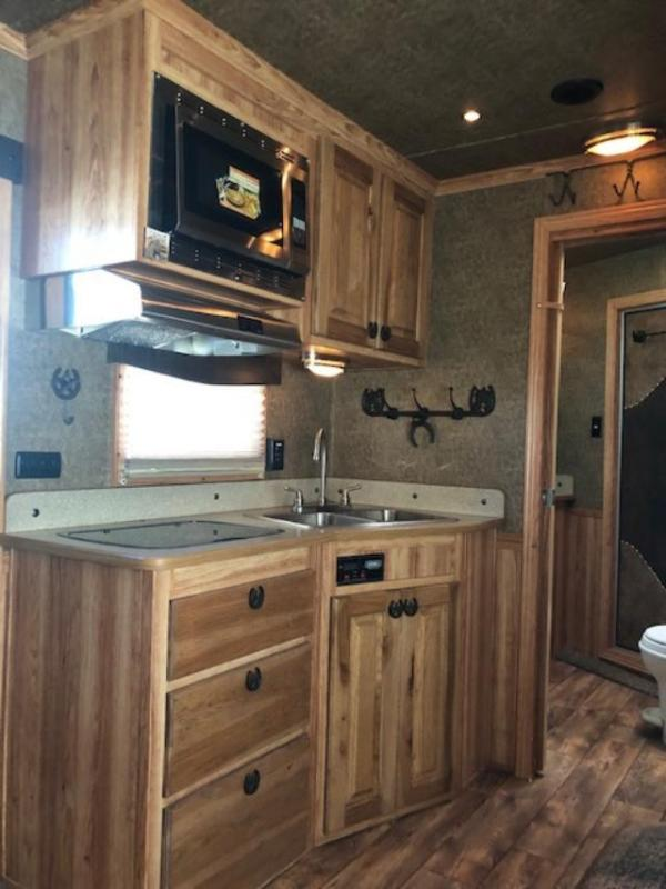 2016 Exiss Trailers 8' wide 4 horse w/12' lq Horse Trailer