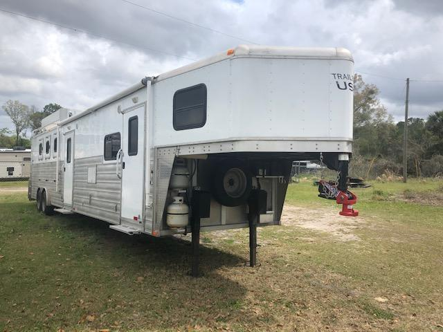 2017 Trailers USA Inc. 8' wide 4 horse w/14' lq Horse Trailer