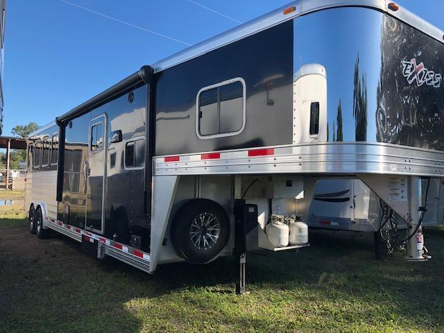 2016 Exiss Trailers 8' wide 4 horse w/ 10' lq & gen. Horse Trailer